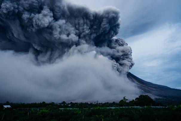 volcano-2604795_1920